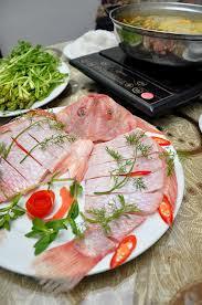 LẨU CÁ CHÉP NẤU NGÓT  Dragon-fish in hot pot  Soupe aigre-douce au carp dans la fondue