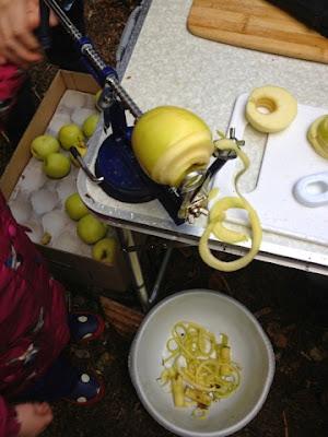 Apple Master - Mudpies and Foodie Quine Autumn Bramble Ramble