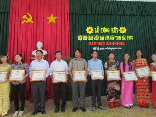 Hội thao giáo viên dạy giỏi cấp tỉnh bậc THCS năm học 2011 - 2012 - IMG_1378.jpg