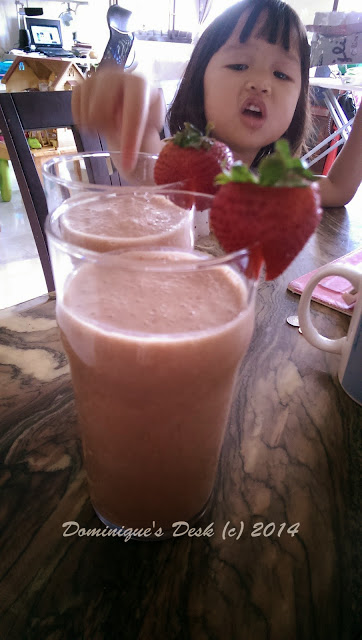 Homemade Strawberry Soya Milk