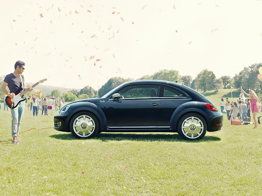 2013 VW Beetle Fender Edition01