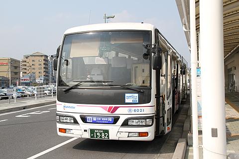 西日本鉄道「桜島号」6021 鹿児島高速船ターミナル改札中