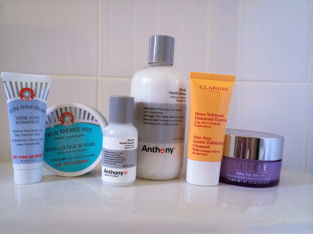First Aid Beauty Radiance Pads First Aid Beauty Ultra Repair Cream Anthony Logistics Glycolic Facial Cleanser Clarins One Step Gentle Exfoliating Cleanser Clinique Take The Day Off Cleansing Balm Review
