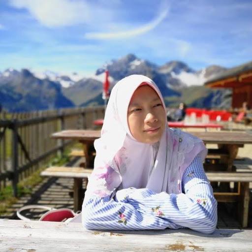 Maryam Aziz