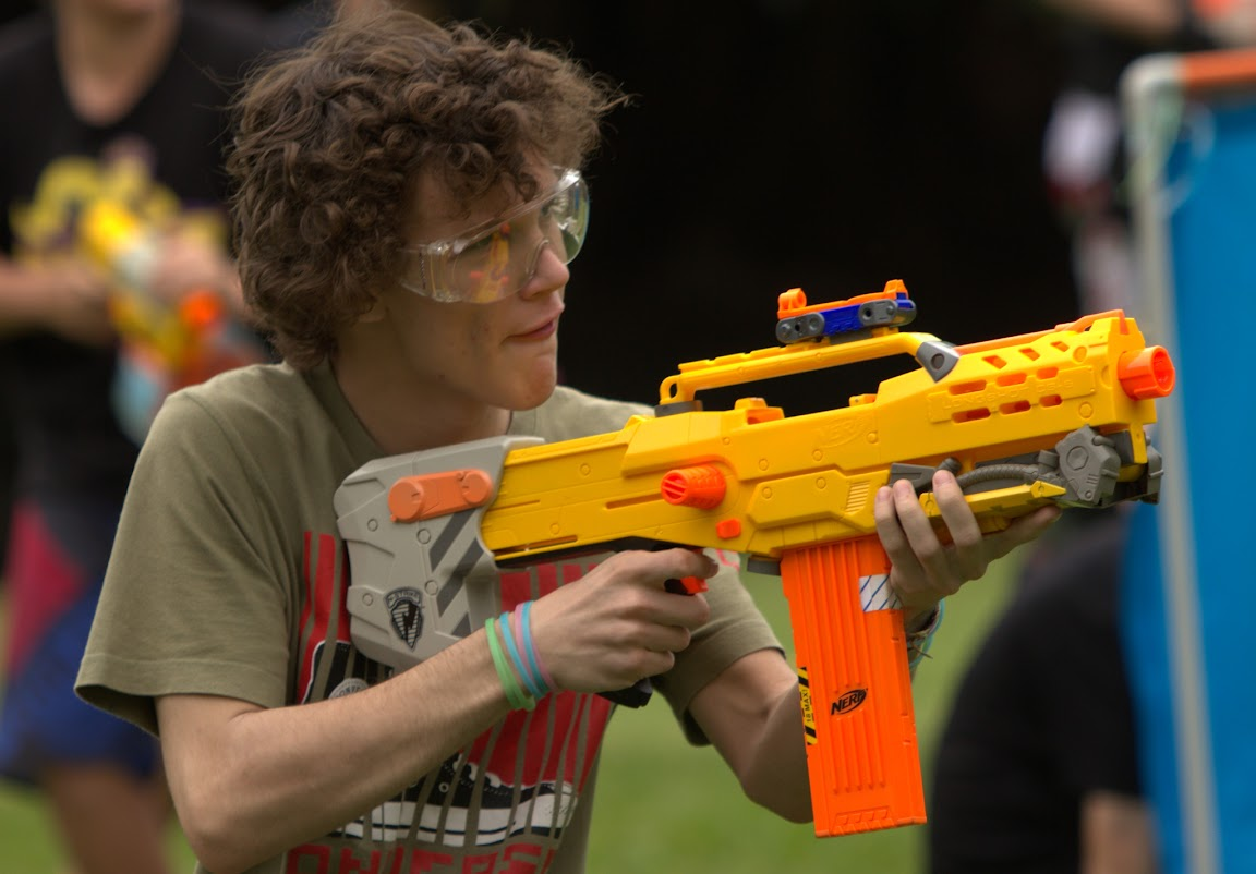 Kelvin Grove war pictures: December 18th   Picture heavy... Nerf%2Bwar%2B082
