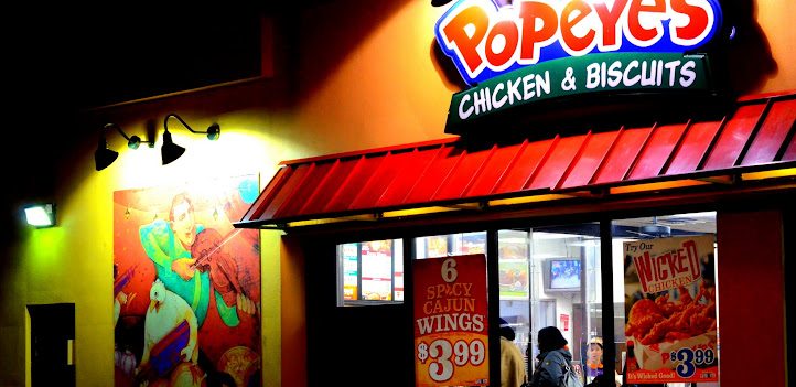 A Popeyes in the Midwestern United States
