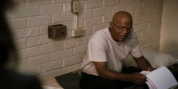 Screen Shot Of Hollywood Movie Unthinkable (2010) Download And Watch Online Free at Alldownloads4u.Com