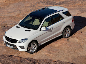 Mercedes-Benz-M-Class_2012_1600x1200_02