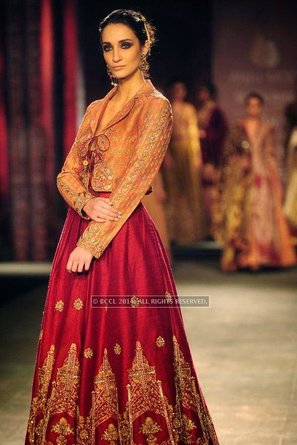 Marcela walks the ramp for Anju Modi on Day 2 of India Couture Week, 2014, held at Taj Palace hotel, New Delhi.