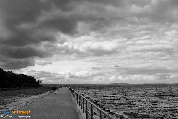 Gdańsk Westerplatte - deptak nad morzem