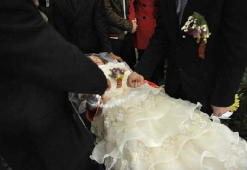 Peace Chinese Man Married Dead Bride Who Died for 8 Days