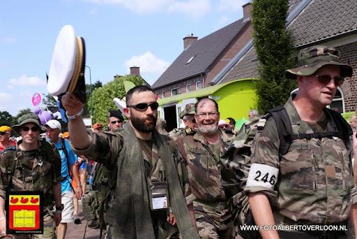 Vierdaagse Nijmegen De dag van Cuijk 19-07-2013 (109).JPG