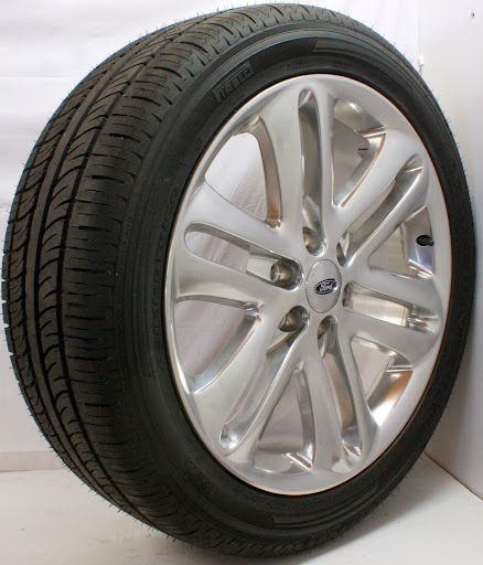 "2013 Ford F150 Limited Factory 22"" Wheels Rims Pirelli Tires Sensors Lugnuts"