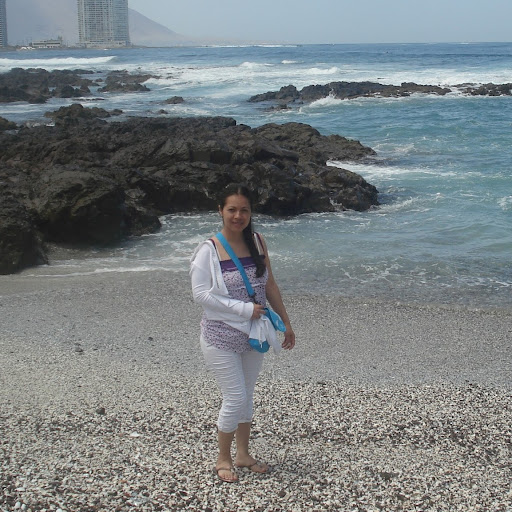 Debbie Rios Photo 19