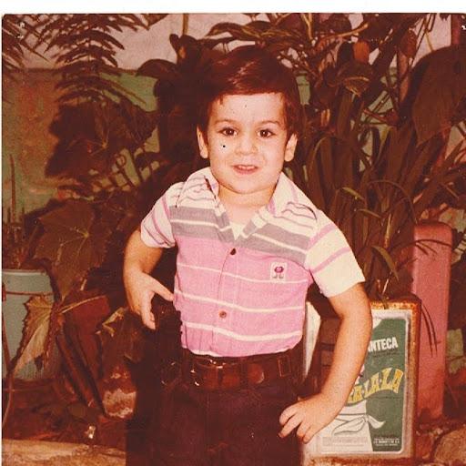 Enrique Batista Photo 27