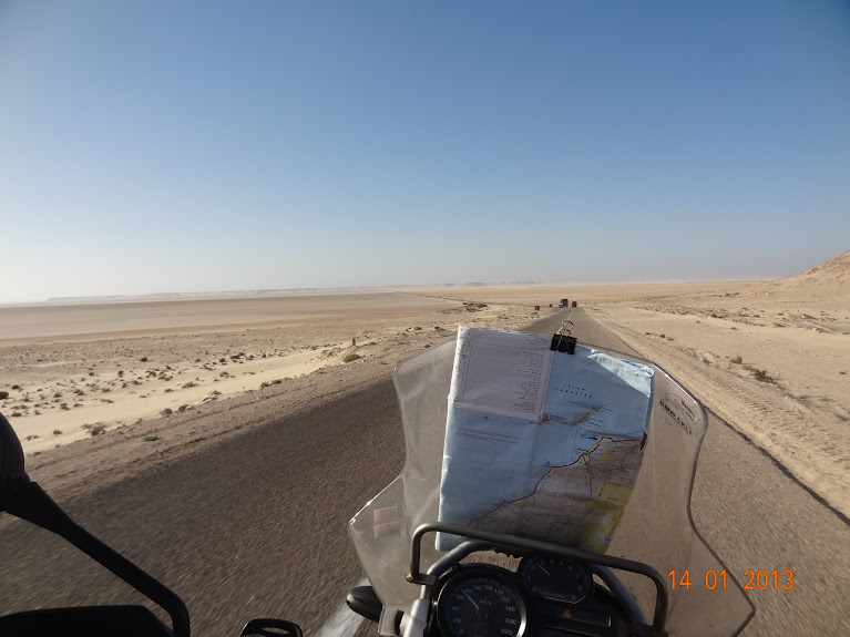 Marrocos e Mauritãnia a Queimar Pneu e Gasolina - Página 5 DSC05851