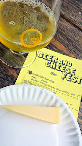 Portland Beer and Cheese Festival 2014, a pairing of beer and cheese, here Breakside Brewing – Pilsner with Vintage Cheese Company – Mountina – cow – Montana