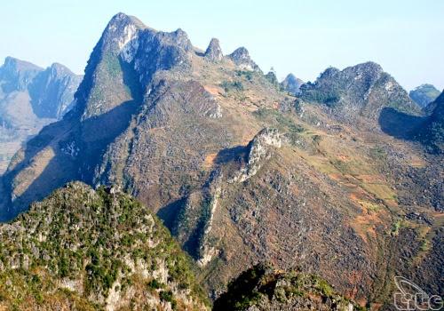 490 Lên Đồng Văn thăm xứ sở của đá