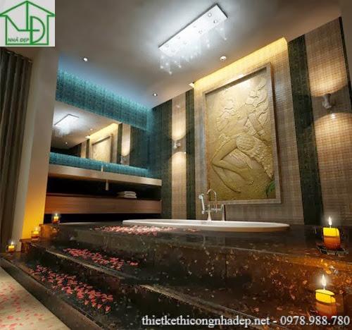Nội thất phòng tắm khá phức tạp với các chi tiết cầu kỳ