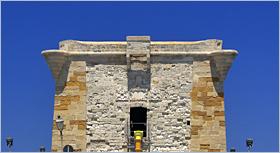 Sizilien - Trapani - Der Torre di Ligny an der Westspitze der Altstadt.