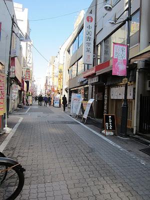 上野御徒町中央通り商店街の通り