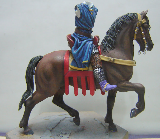 Crusader Knight c.1250 (Mounted) -  Andrea Miniatures 90mm DSC08102