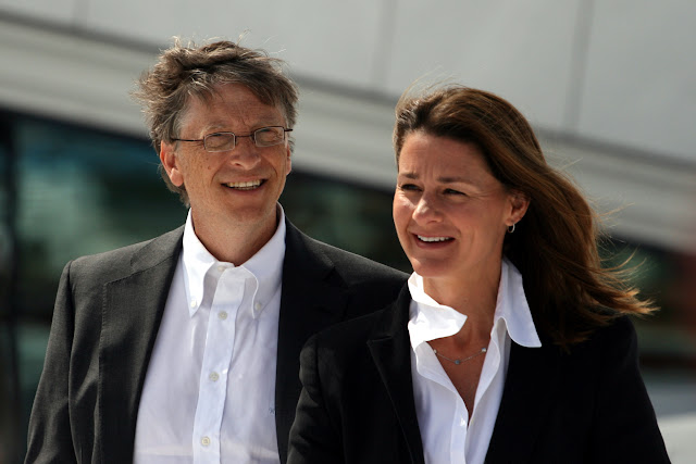 Billionaire Mrs Gates knocks Catholics on birth control
