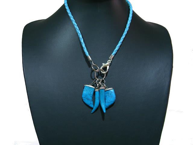 Collares de cuero trenzado CIMG3079