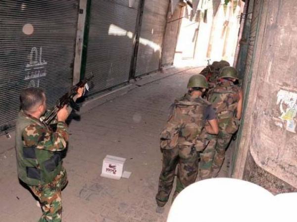 STEALTH. Partida nocturna.La Granja.22-09-12 Soldados-sirios-en-una-operacion-de-patrulla-en-alepo_595_422_56733