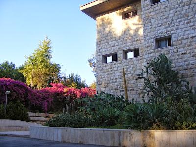 בניין מגורים בפנימיה חוות הנוער הציוני
