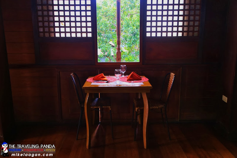 Balay Cena Una Window Table