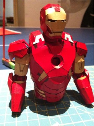 1 Hr Photo >> WrightWorks: Papercraft iron man progress