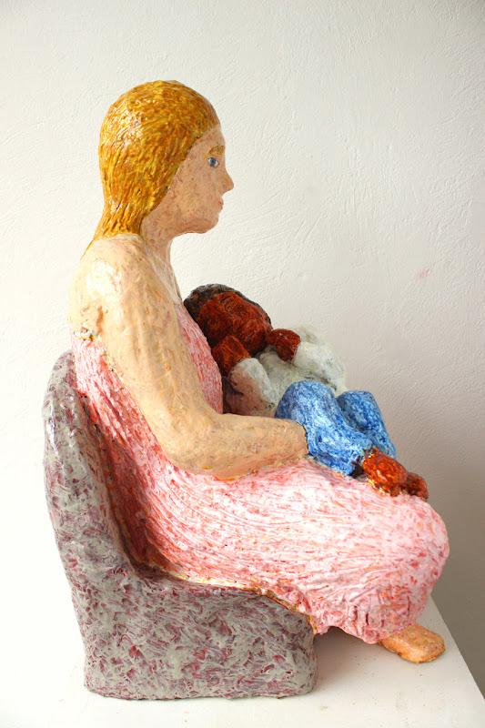 side view 3 of mare de déu amb el nen dormint ~ frank waaldijk