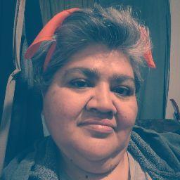 Lydia Valdez Photo 11