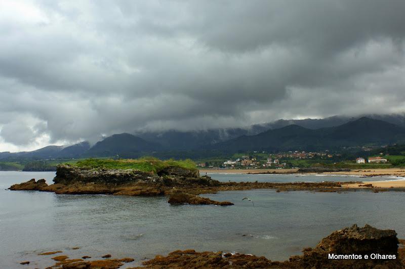 Astúrias, La Isla