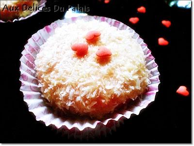 Gâteaux secs à la noix de coco, parfumés à la framboise - recette indexée dans les Desserts