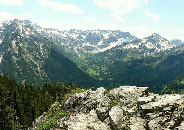 Blick vom Imbergerhorn über das Retterschwangertal in Richtung Nebelhorn
