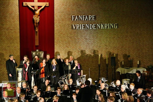 Bevrijdingsconcert Fanfare Vriendenkring overloon 05-05-2012 (35).JPG