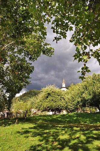 gr5-mont-blanc-briancon-eglise-landry.jpg