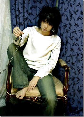 death note cosplay - ryuzaki l. lawliet 4