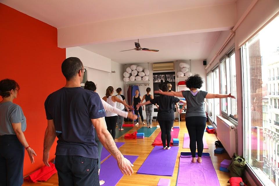yogasala students at sun salutation