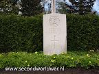Private H.G. Butler, The Dorsetshire Regiment, 3rd April 1945, Leeftijd 24, Oosterbegraafplaats Enschede.