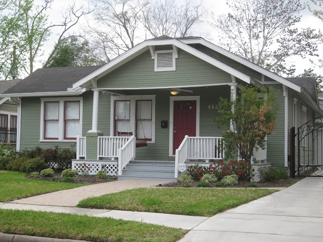 The other houston bungalow colors some beautiful for Beautiful exterior paint color combinations