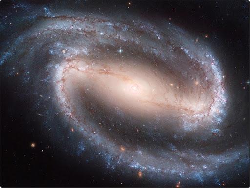 Barred Spiral Galaxy NGC 1300.jpg