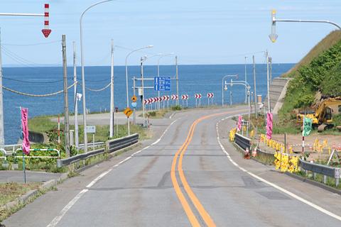 沿岸バス「特急はぼろ号」 ・389 豊富行き 国道232号の風景 その1