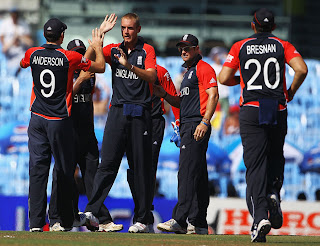 Stuart Broad took wicket of Hashim Amla as England fought hard with the ball, England v South Africa, Group B, World Cup, Chennai, March 6, 2011