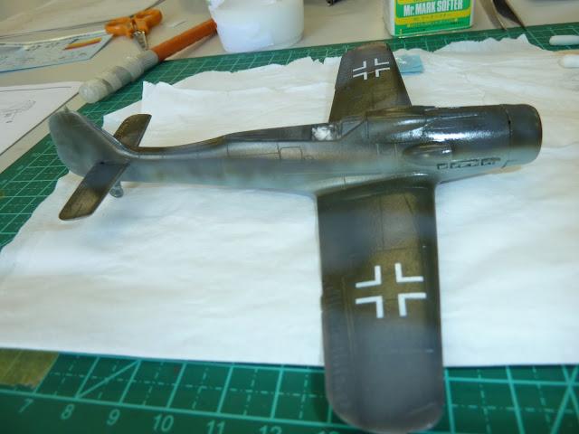 Focke Wulf Fw 190 D-9 - Academy - 1:72 - FINALIZADO! P1030448