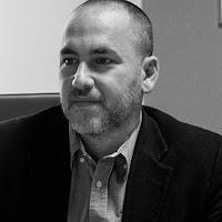 Docteur Jonathan Ouahba, chirurgien en gynécologie et obstétrique sur Paris 13. Pour tout rendez-vous de consultation 01 69 72 84 08 ou 01 40 77 02 22.