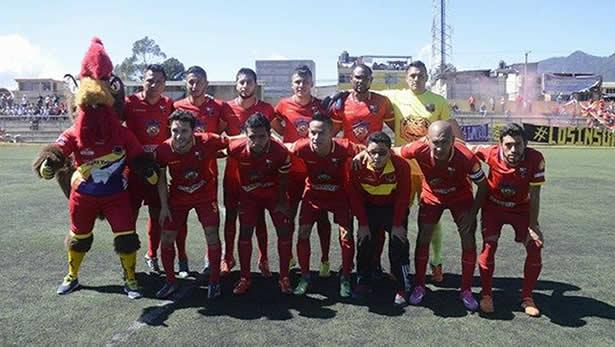 Deportivo San Pedro venció a Santa Lucia Cotzumalguapa en el gallinero