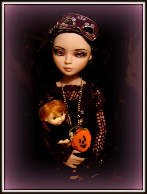 THEME DE NOVEMBRE 2012 : Le Noir , le gothique etc... 092
